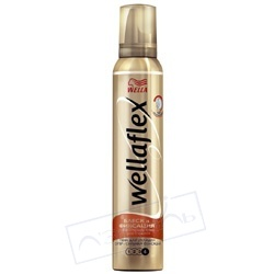 WELLA Пена для укладки волос Блеск и Фиксация супер-сильной фиксации Wellaflex 200 мл