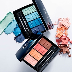 DIOR Палетка теней для макияжа глаз Dior Colour Gradation 4 Colours Eyeshadow Palette № 001 Blue Gradation, 4.5 г