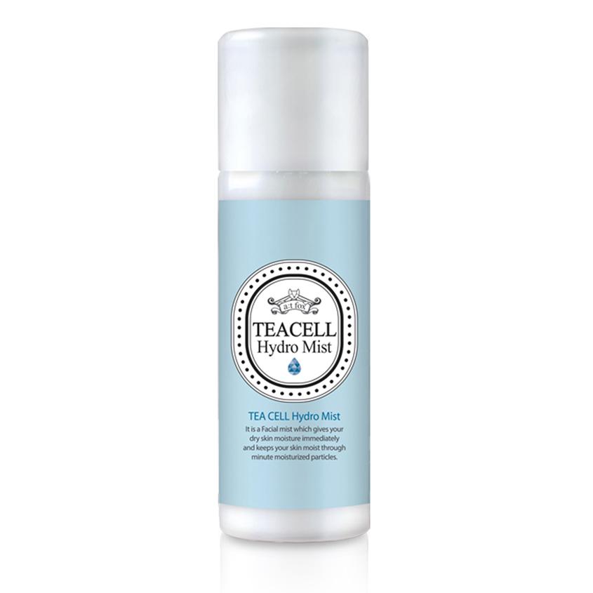Sexy facial moisturizer spray young college