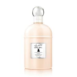 GUERLAIN GUERLAIN Парфюмированное молочко для тела La Petite Robe Noire 200 мл pediasure смесь со вкусом ванили с 12 месяцев 200 мл