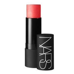 NARS Полупрозрачное универсальное средство для макияжа NAVAGIO BEACH nars nars иллюминирующая основа придающая коже сияние copacabana
