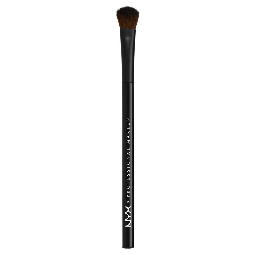 Купить NYX Professional Makeup Профессиональная кисть для макияжа глаз. СРЕДНЯЯ. PRO BRUSH - ALL OVER SHW 12